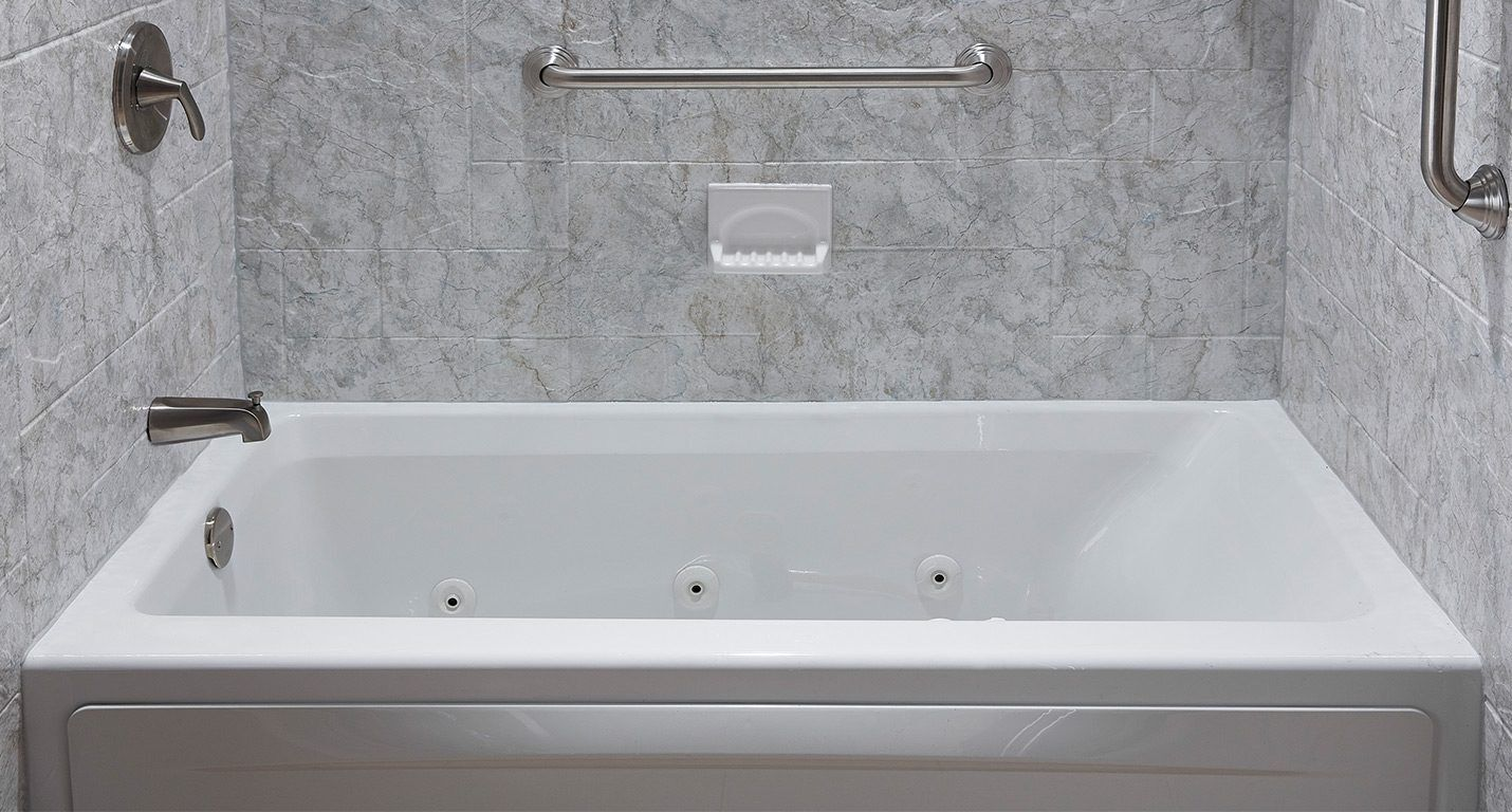 Champane Marble Finish by Darren Pruden, Winnipeg Tub and Surround